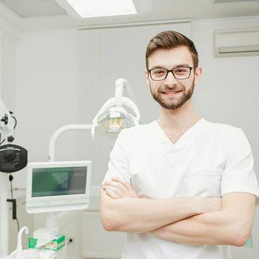 """5 главных советов для здоровых зубов. Как за зубами ухаживать, чтобы они не """"ушли""""?"""